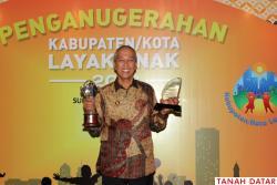 Dua Penghargaan untuk Kabupaten Tanah Datar