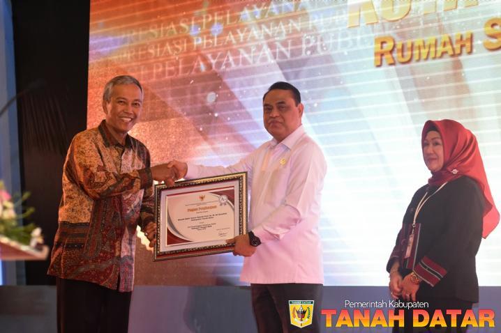 TANAH DATAR RAIH PENGHARGAAN PELAYANAN PUBLIK 2018