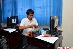 15 Peserta Seleksi CPNS Laksanakan Ujian Praktek Untuk..