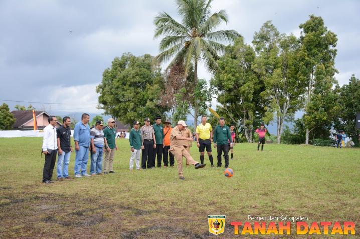 WABUP ZULDAFRI DARMA BUKA OPEN TURNAMEN NAGARI CUP 2019 TINGKAT KECAMATAN SUNGAI TARAB