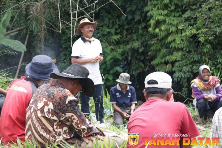 Tradisi Gotong Royong Lestari di Suku Payo Badar Bawah Sungai Jambu