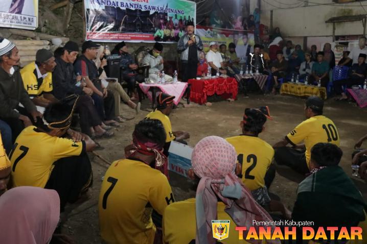 Jelang Berlaga di Tingkat Provinsi, Wabup Zuldafri Beri Motivasi Grup Randai Banda Sawah Pinang Tampil
