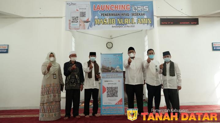 Wabup Richi Aprian Launching QRIS Mesjid Nurul Amin Pagaruyung